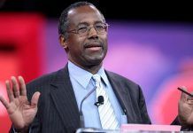 Ben Carson: If Muslims Love America They Must Be 'Schizophrenic'