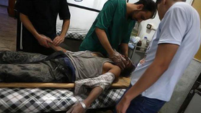Syria's war: Bodies litter floor at hospital in Aleppo