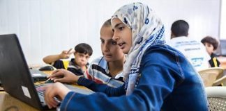 Coding classes open new doors for Syrian refugees