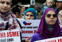 Czech court rejects suit over school hijab ban
