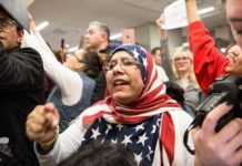 US judge blocks Trump's order to ban Muslim travellers
