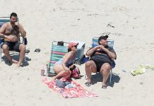 Gov Chris Christie family soak up sun on N.J. beach he closed to public