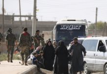 US-backed Forces Deny They Allowed IS Fighters to Evacuate Raqqa
