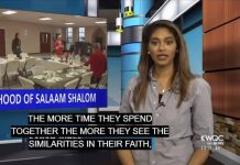 MUSLIMS AND JEWS IN IOWA BREAK BREAD TOGETHER FOR PASSOVER