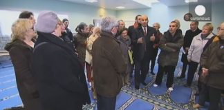 French mosques open doors to public to promote unity and solidarity