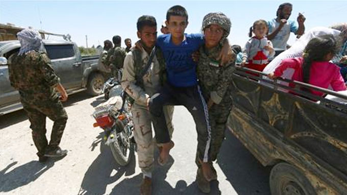 Syria war: Civilians die as US-Russia plan falters
