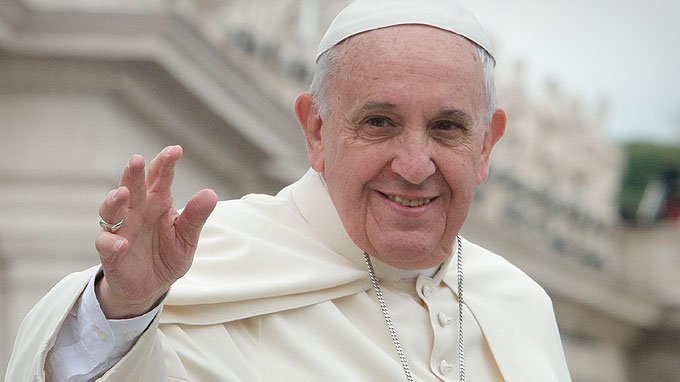 Pope: It's Not Right to Equate Islam With Violence