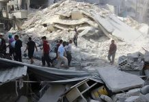 Air strikes hit largest market in rebel-held Aleppo