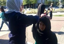 Students Experience A Day As A Muslim