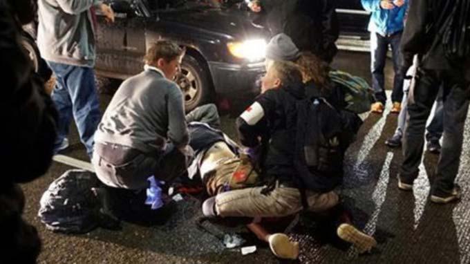 US police hunting man who shot anti-Trump protester