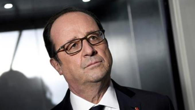 Francois Hollande in Iraq to review war on ISIL