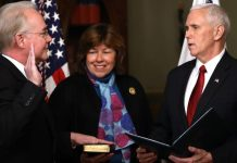 Obamacare Opponent Sworn In as US Health Secretary