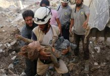 Air strikes 'kill White Helmet volunteers' in Hama