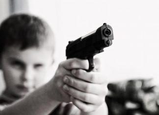 Guns kill or wound 7,000 children in the US yearly -- it's the third-leading cause of death among children