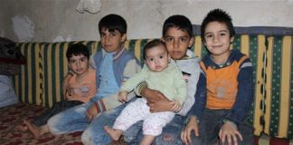 Syria's lost generation: Refugee children at work