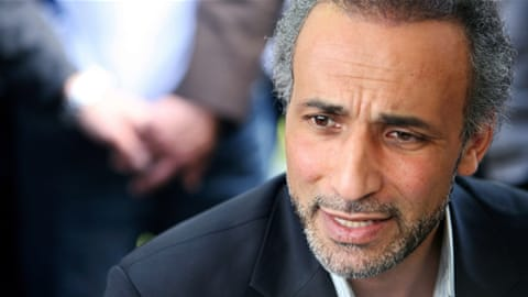 Police question Tariq Ramadan over sex abuse claims