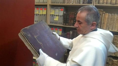 Ancient manuscripts in Iraq saved from ISIL