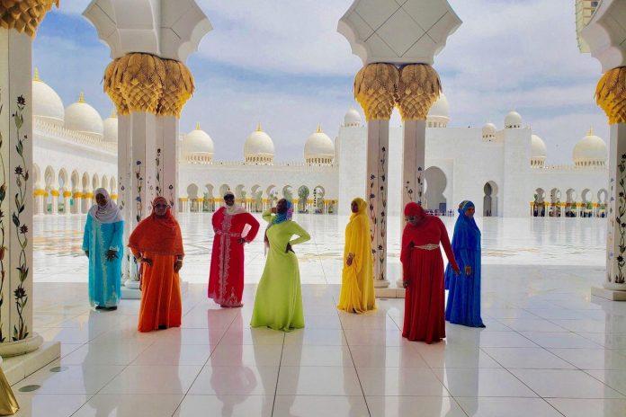 Muslim women keep the faith while traveling — and ziplining — around the world